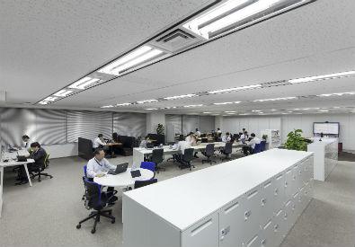 ライブオフィスでは実際に次世代オフィスで働いている